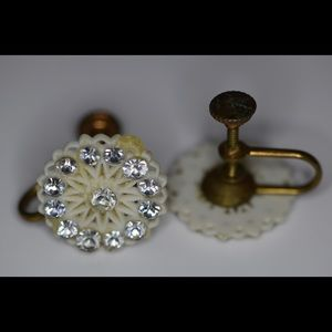 Jewelry - Vintage clip on (screw on) earrings